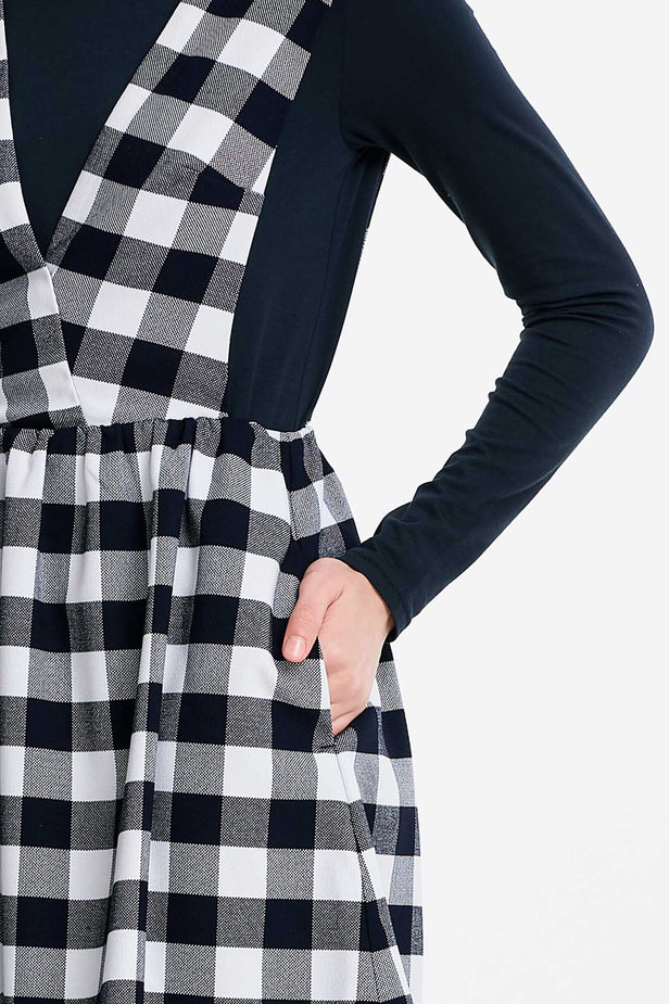 V-neck checked sundress photo 3 - MustHave online store