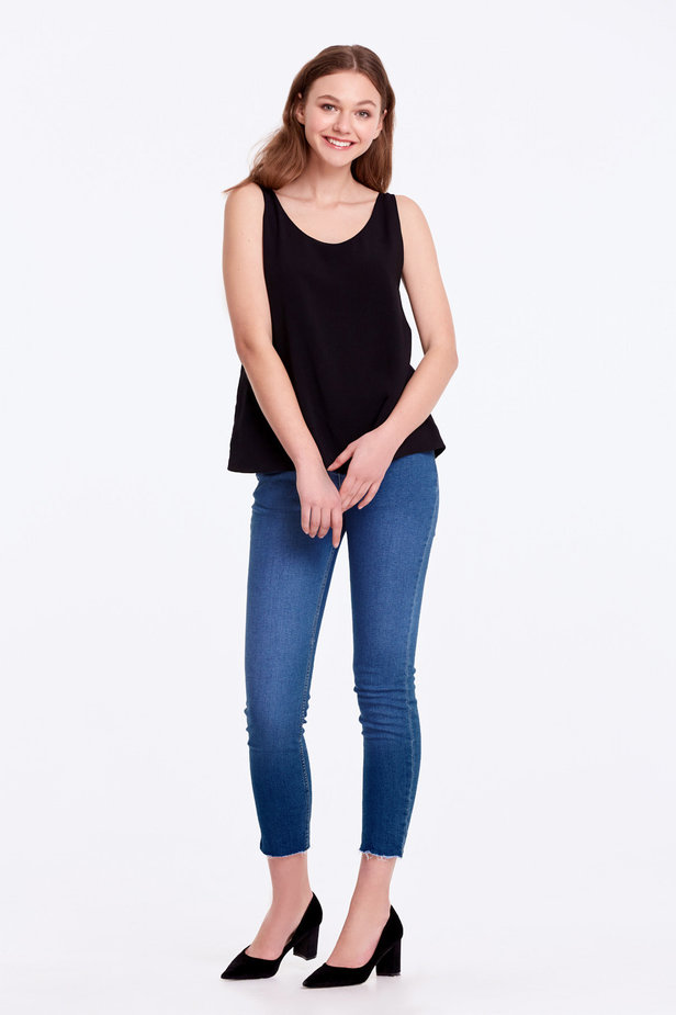 Black top with a scoop neckline photo 6 - MustHave online store