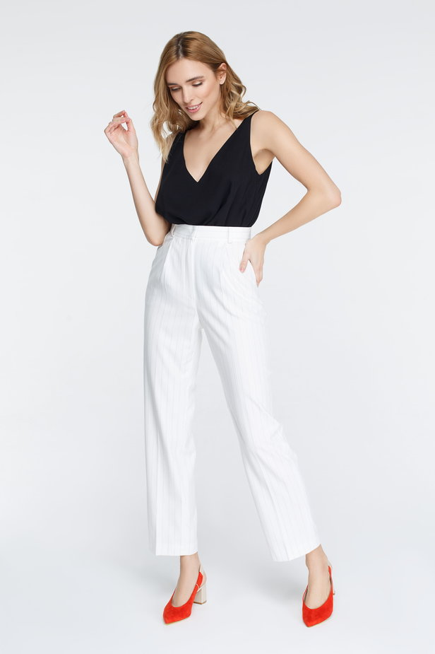 White pants with black stripes photo 1 - MustHave online store