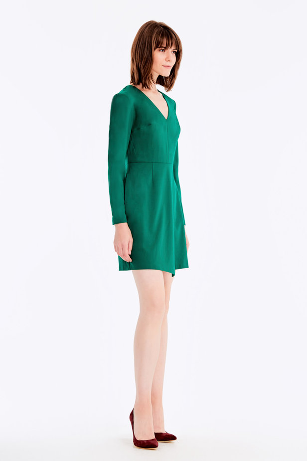 Wrap V-neck MustHave green dress photo 4 - MustHave online store