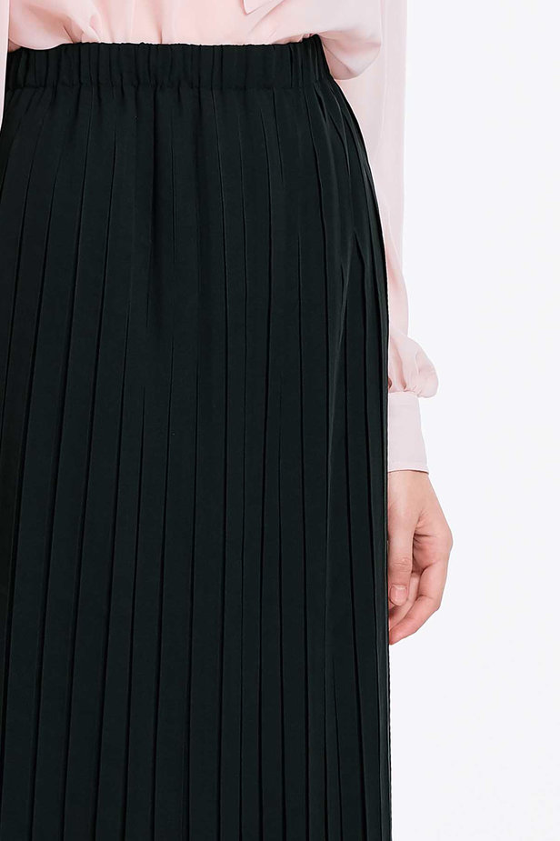Below the knee pleated black skirt photo 5 - MustHave online store