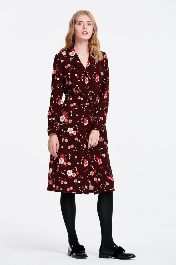 Burgundy dress with a floral print and buttons photo 5 - MustHave online store