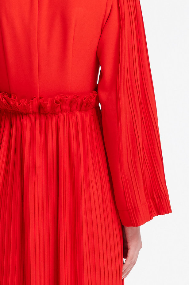 Red midi dress with pleats MUSTHAVE X LITKOVSKAYA photo 5 - MustHave online store
