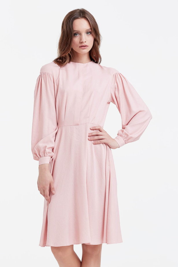 Powder pink dress with a concealed placket and balloon sleeves photo 1 - MustHave online store