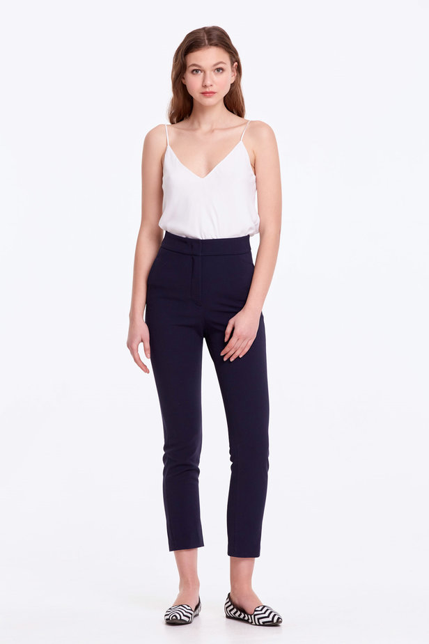 Short dark blue trousers photo 2 - MustHave online store