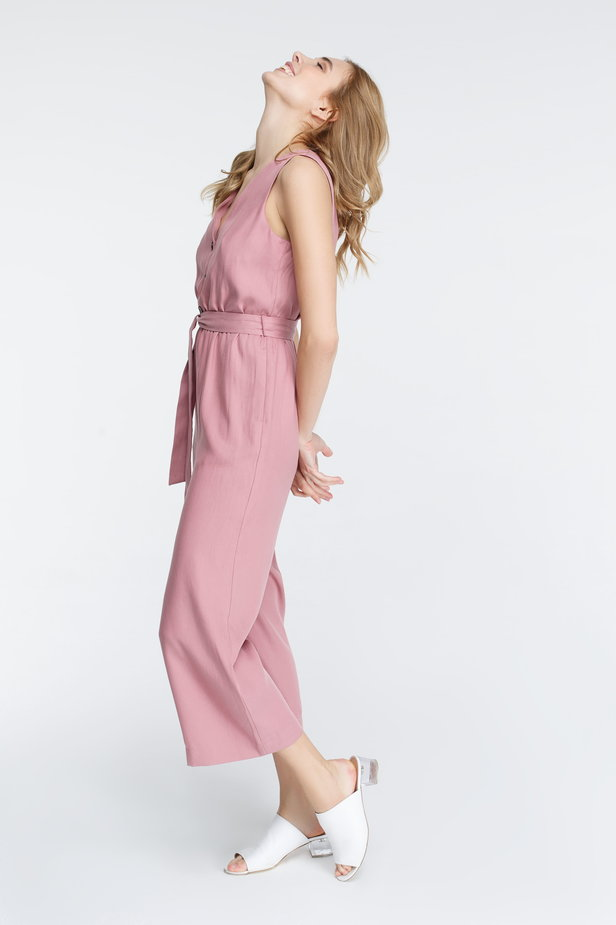 Pink jumpsuit with buttons photo 1 - MustHave online store