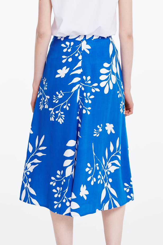 Midi blue skirt with white leaves photo 6 - MustHave online store