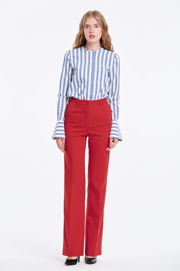 Red trousers photo 2 - MustHave online store