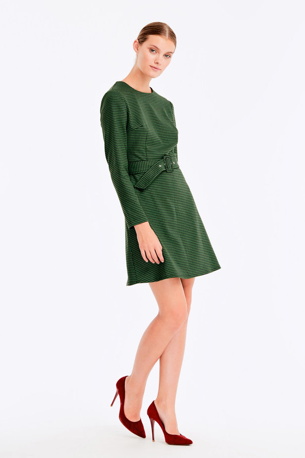 Green dress with a houndstooth print photo 7 - MustHave online store