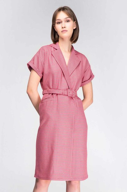 Pink-red houndstooth wrap dress with a waist 2da615cf6186c