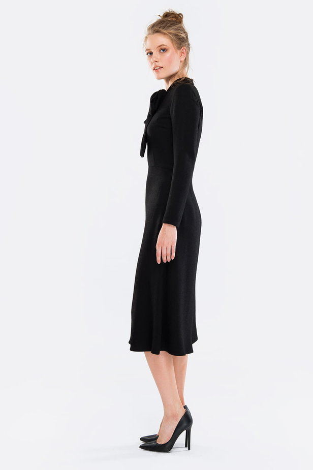 Midi black dress with a bow photo 5 - MustHave online store