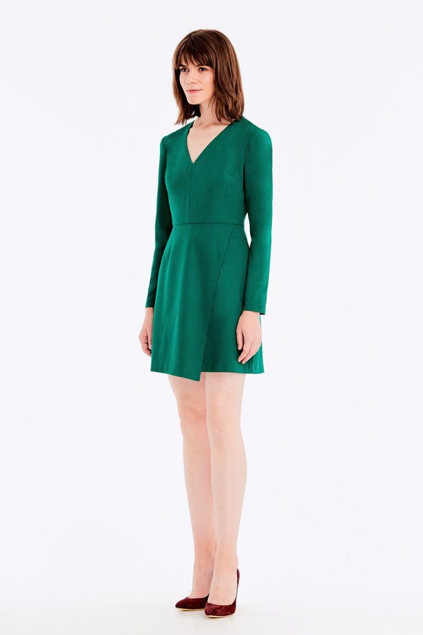 Wrap V-neck MustHave green dress photo 3 - MustHave online store