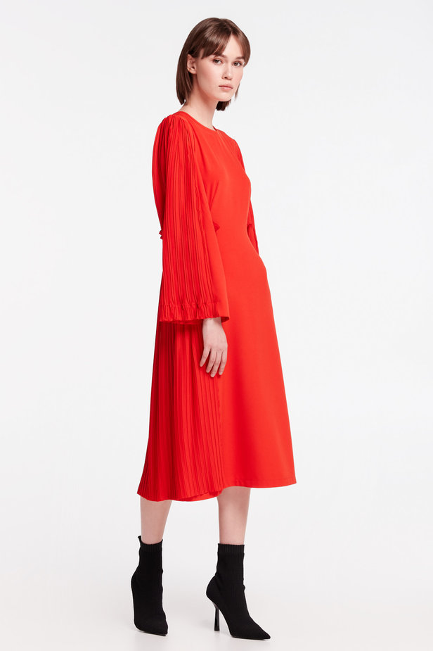 Red midi dress with pleats MUSTHAVE X LITKOVSKAYA photo 7 - MustHave online store