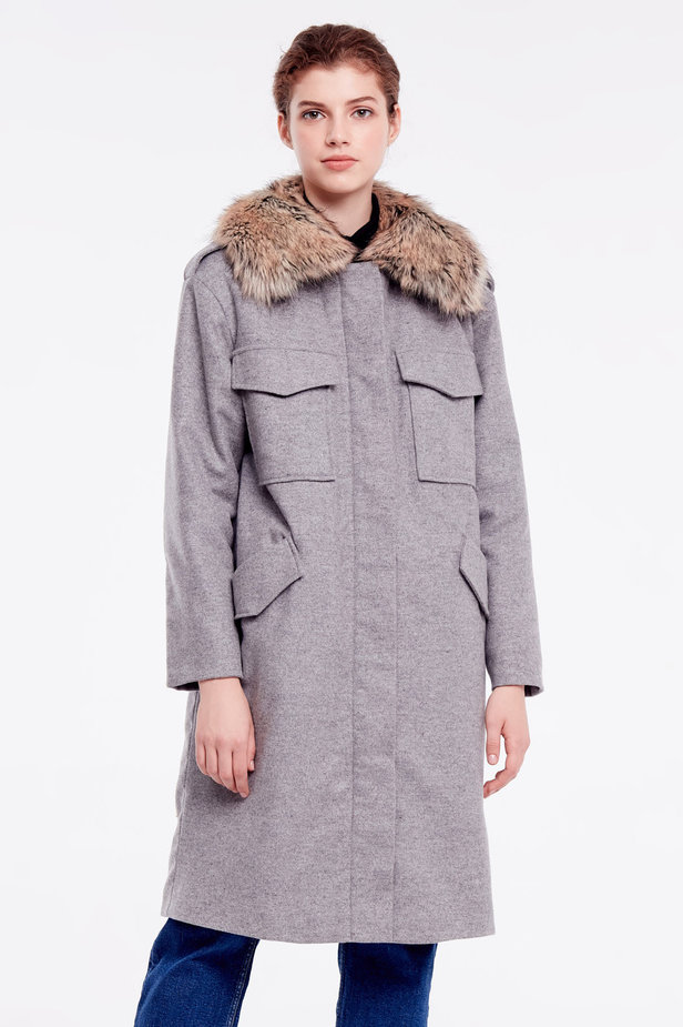 Grey coat with fur collar photo 1 - MustHave online store