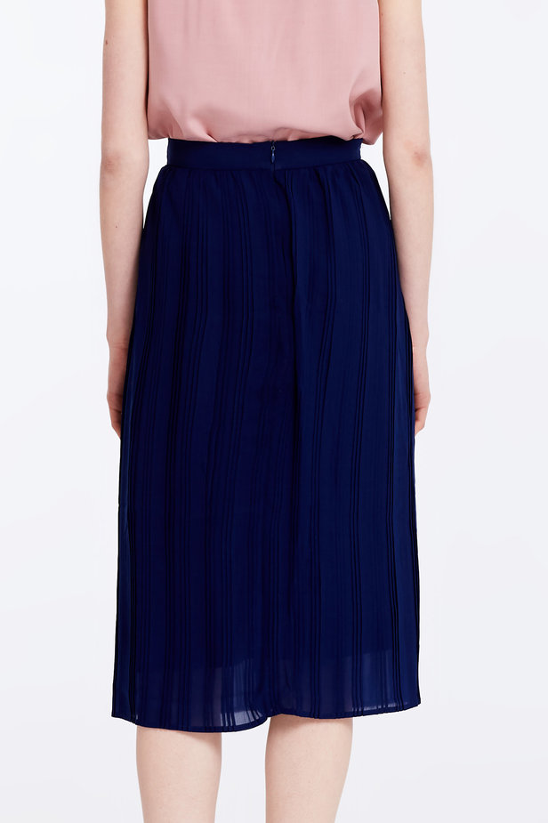 Below the knee pleated dark blue skirt photo 6 - MustHave online store