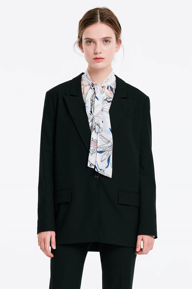 Black jacket with an open cut photo 1 - MustHave online store