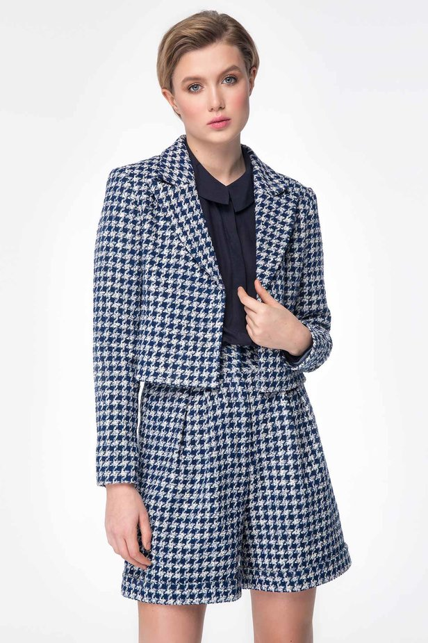 Shortened jacket with blue&white houndstooth print photo 1 - MustHave online store