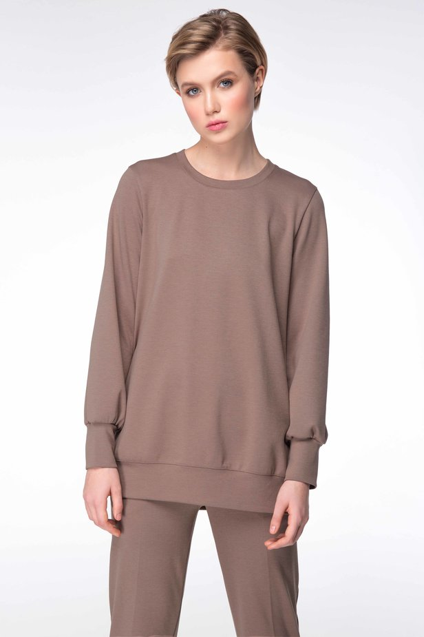 Beige sweatshirt with cuts photo 1 - MustHave online store