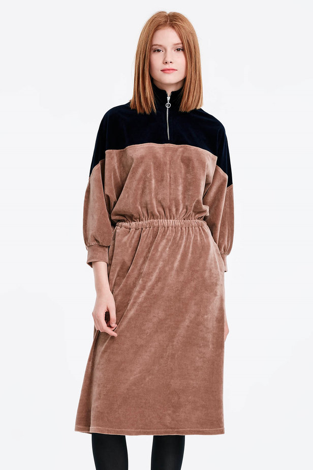 Bicoloured velour dress with a zip photo 1 - MustHave online store
