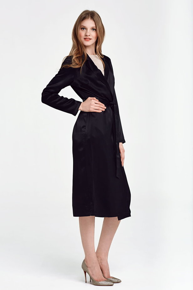 Below the knee wrap black trenchcoat with a belt photo 3 - MustHave online store